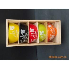 颜色釉手工雕刻陶艺家有儿女五彩碗