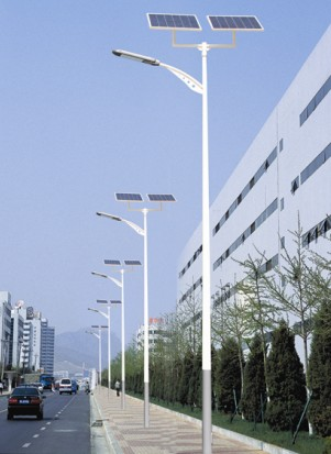 高性能光伏储能胶体蓄电池或全密封型电池 太阳能路灯控制器:太阳能专