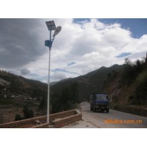 优质高效太阳能路灯 正红