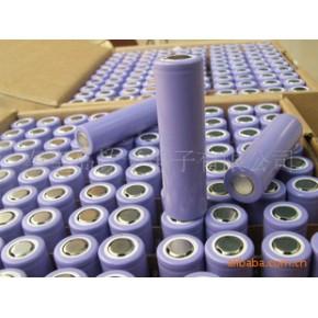 各种组合的18650锂离子电池组并有保护板