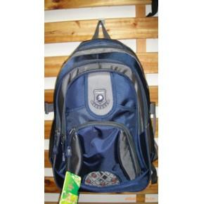 英萨特背包新款上市箱包 塑料
