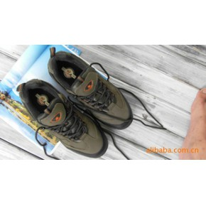 大批量供应户外鞋 登山鞋 徒步鞋 诚招代理 支持一