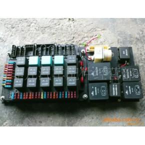 红岩金刚新大康电器控制盒总成