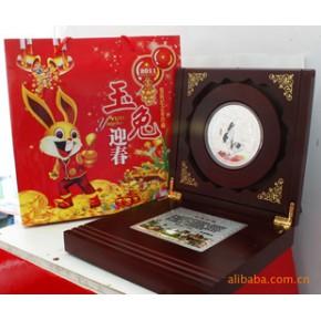 玉兔迎春兔年纪念章 镀银
