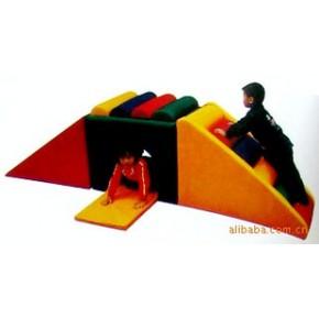 大量出售优质爬滑钻洞玩具(BL0223B)