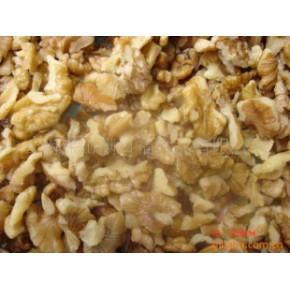 长期大量供应食品生产用核桃仁(4mm以上)