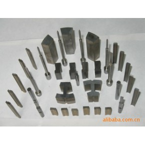 提供硬质合金凸模,模板修型腔平面磨床精加工