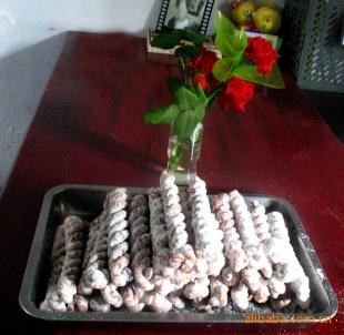 【糖酥麻花,糕点型食品。供麻花机,技术配方。