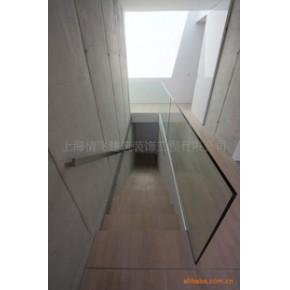【本季热稍】时尚流行的楼梯玻璃扶手