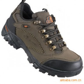 英美伦骆驼休闲女鞋 户外鞋登山鞋 户外装备登山鞋