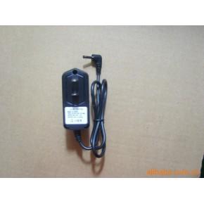 3.7V  铁锂电池充电器
