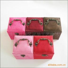 批发供应 毛绒 首饰盒 化妆盒 三个内盘 多色混装