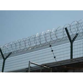 热镀锌隔离网厂家|闵行安全隔离网|金山钢板网护栏网|