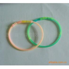 【大量供应】环保硅胶手环/礼品手环/发光彩色手环