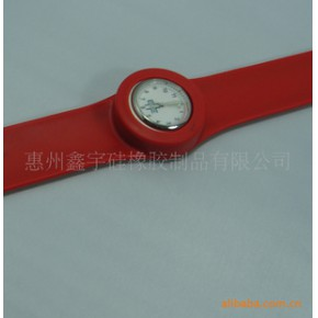 【】时尚硅胶手表/硅胶啪啪手表/卷尺手表
