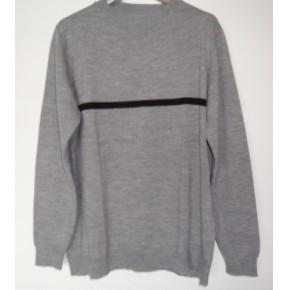 求购圆领羊毛衫