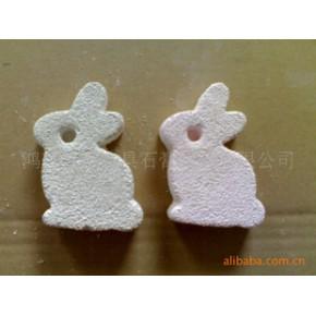 小动物专用火山灰矿物磨牙石(花造型,心造型,兔子造型等)