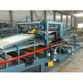 新优质实用的彩钢复合机、夹芯板生产线