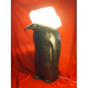 树脂工艺品新奇特企鹅背冰灯饰 家居酒店摆设