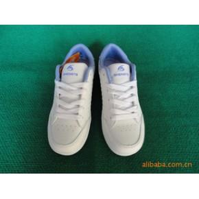 盛特松/女式休闲板鞋/女式运动板鞋/货号3026
