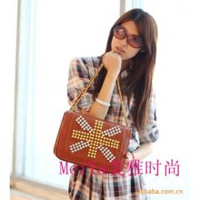 2011新款简约时尚个性铆钉韩版女包复古女包手提多功能女包