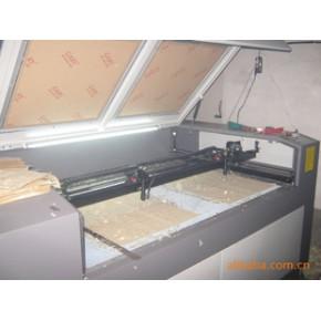服装辅料激光切割机,服装布料皮革激光切割机,布辅料烫钻激光机