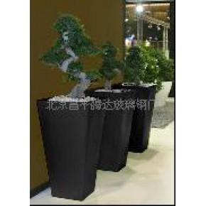 销售各种样式及颜色的玻璃钢花盆
