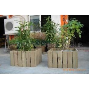 防腐木花盆,放在院内,阳台,客厅,露台。美观实用
