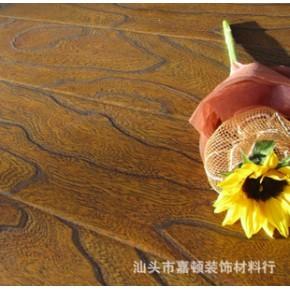 广东汕头供应龙叶仿古大浮雕/零甲醛直纹黑桃木2851/强化复合地板