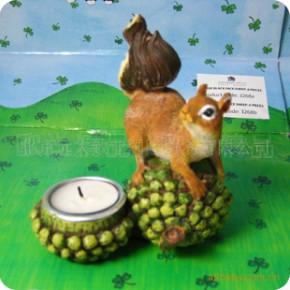小额混批 时尚家居装饰小摆件 松鼠吃松果烛台 953045