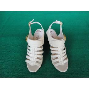 双赫女鞋2011新款时装女式凉鞋/时尚女式凉鞋/货号2605